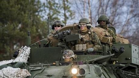 الجيش الأمريكي يُعلن مقتل 5 من جنوده فُقدوا بعد اصطدام طائرتين