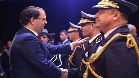 رئيس الحكومة يوسف الشاهد خلال اشرافه على الاحتفال بالذكرى 62 لتونسة الديوانة