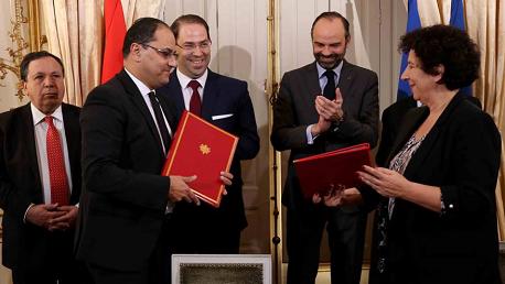 توقيع اتفاقيات بين تونس وفرنسا
