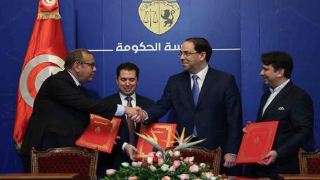 توقيع الميثاق القطاعي للشراكة بين القطاع العام والخاص في قطاع النسيج والملابس