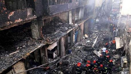 حريق بمبنى في بنغلادش