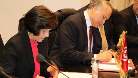 إمضاء اتفاقية بين وزارة التربية وهيئة مكافحة الاتجار بالبشر