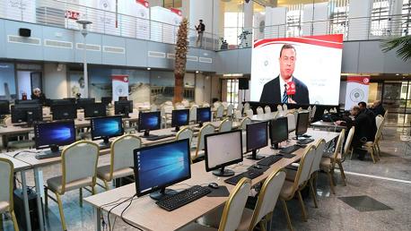 صحفيين قصر المؤتمرات