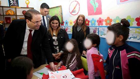 رئيس الحكومة خلال زيارته لمركز الطفولة فاقدي السند بحي الخضراء: الدولة ستكون سندا لهؤلاء الأطفال وستوفر لهم الرعاية اللازمة