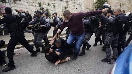 استشهاد شاب وإصابة 40 آخرين خلال مواجهات مع الاحتلال