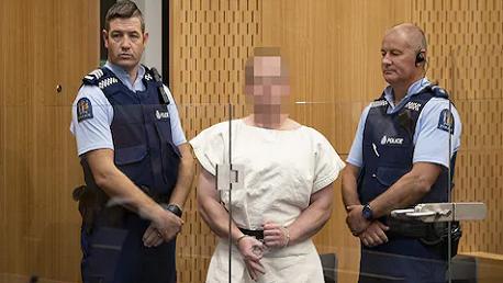 مثول سفاح نيوزيلندا أمام المحكمة بتهمة القتل