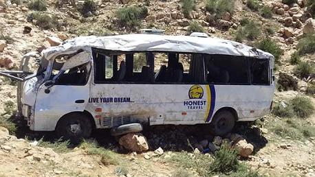 ارتفاع حصيلة ضحايا حادث انقلاب حافلة سياحية بقابس