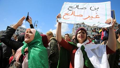 """الجزائر: إضراب عام ومسيرات رفضا لتنصيب """"بن صالح"""""""