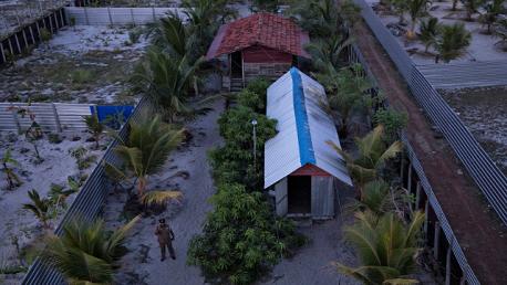 شرطة سريلانكا تكشف عن معسكر كبير للمتشددين