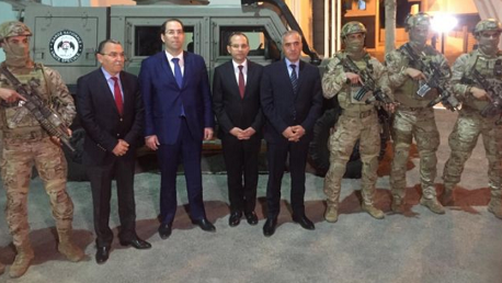 بئر بورقبة- نابل/ رئيس الحكومة ووزير الداخلية في زيارة ميدانية إلى مقر الوحدة المختصة للحرس الوطني.