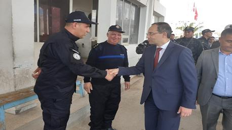 وزير الداخلية يتفقد منظومة تأمين الحدود البرية