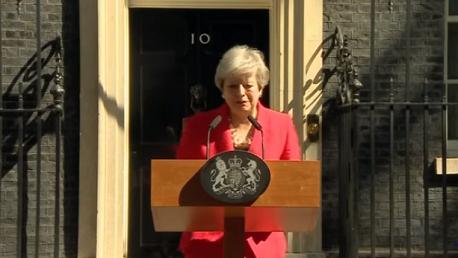 رئيسة وزراء بريطانيا تيريزا ماي تعلن استقالتها