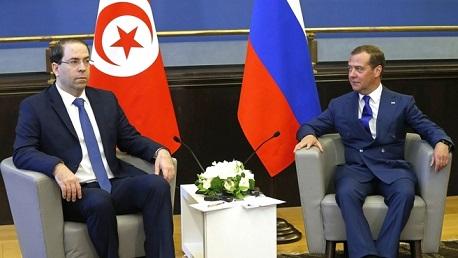 رئيس الحكومة يلتقي رئيس الوزراء الروسي