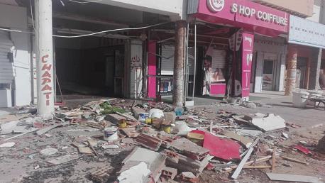 انفجار باحدى المحلات لبيع الاكلة الخفيفة بشارع 14جانفي المروج 5