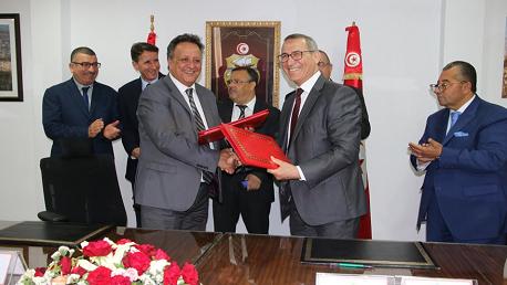 إمضاء اتفاقية بين ديوان الحبوب والبنك الفلاحي لتمويل صابة الحبوب