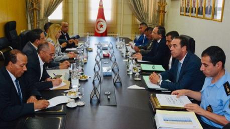 وزيرَا الداخلية والصحة يبحثان سبل تدعيم تأمين المؤسسات الصحيّة