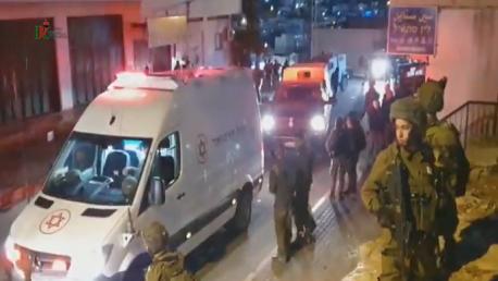 مئات المستوطنين يهاجمون منازل الفلسطينيين بالخليل