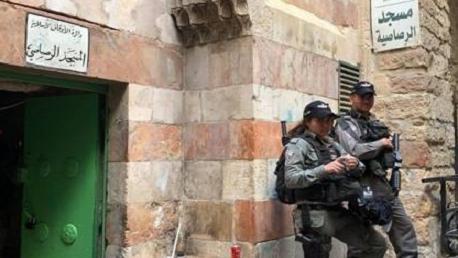 الاحتلال يُغلق مؤسسات فلسطينية في القدس المحتلة