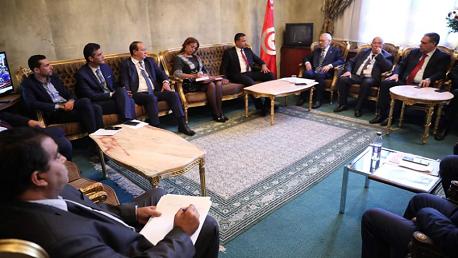 رئيس البرلمان يجتمع بممثلي الأحزاب والائتلافات النيابية