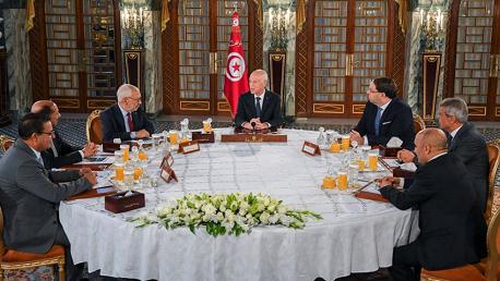 قيس سعيد يجتمع بالغنوشي وعبو والمغزاوي وتحيا تونس