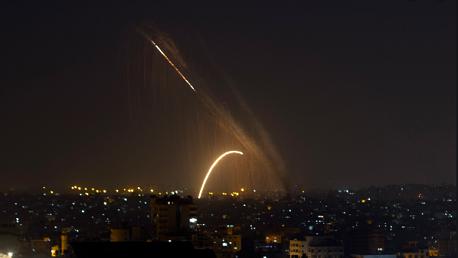 اطلاق صاروخ من غزة وصافرات الإنذار تدوي