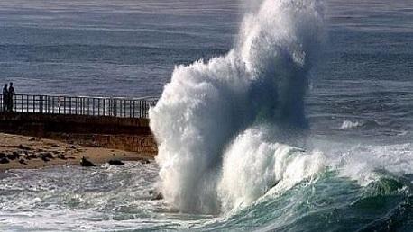 تقبات جوية بحر