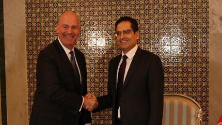 وزير الخارجية يلتقي مساعد وزير الخارجية الأمريكي للشؤون السياسية والعسكرية