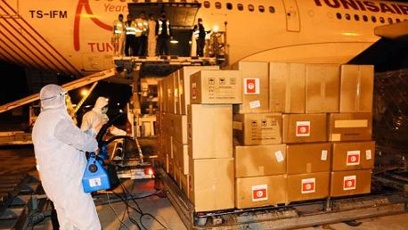 وصول شحنة مستلزمات طبية من الصين إلى مطار قرطاج