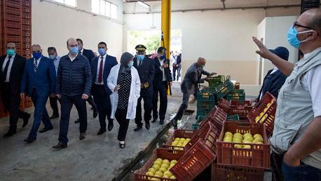 رئيس الحكومة يُؤدي زيارة تفقدية إلى سوق الجملة ببئر القصعة