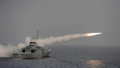 إيران: مقتل 19 شخصا في استهداف سفينة حربية