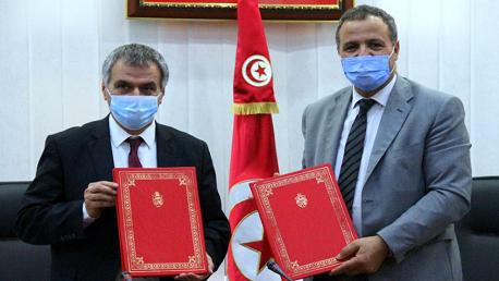 وزير الصحة عبد اللطيف المكي ووزير التكوين المهني والتشغيل فتحي بالحاج