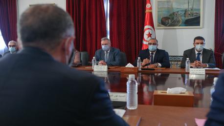 انطلاق أولى جلسات العمل بين الحكومة واتحاد الشغل