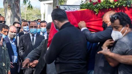 رئيس الحكومة يقدم واجب العزاء في وفاة النقابي بوعلي المباركي