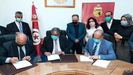 إمضاء اتفاقية قطاعية بين الكنام ونقابة أطباء الأسنان الممارسين بصفة حرة