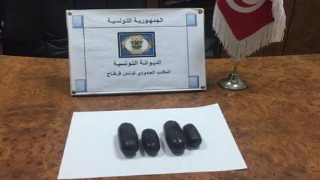 بمطار قرطاج: إحباط محاولة تهريب 172 غرام من مخدر الهيروين