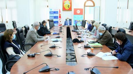إجتماع اللجنة العلمية لمكافحة جائحة كوفيد-19