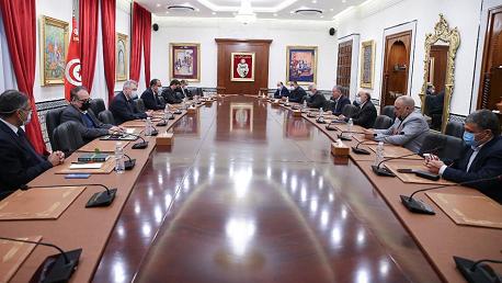 جلسة عمل حول إصلاح شركة الخطوط التونسية