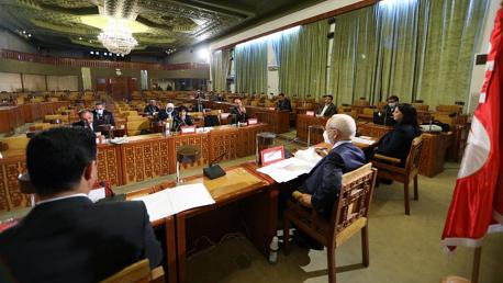 رئيس مجلس نواب الشعب يشرف على اجتماع خلية الازمة