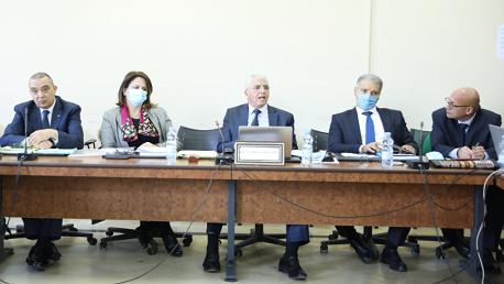 رئيس لجنة مكافحة الإرهاب يدعو لتركيز منظومة وطنية لرصد المؤشرات الأولية لبوادر التطرف
