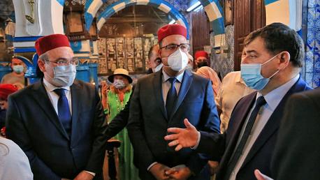 المشيشي خلال زيارته لمعبد الغريبة: تونس هي عنوان للتنوع والتسامح والحضارة