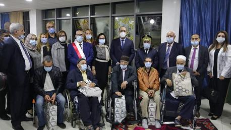 رئيس الحكومة يؤكد من مؤسسة رعاية كبار السن بمنزل بورقيبة أهمية إيلاء المسنين العناية اللازمة في ظل الظرف الوبائي الاستثنائي
