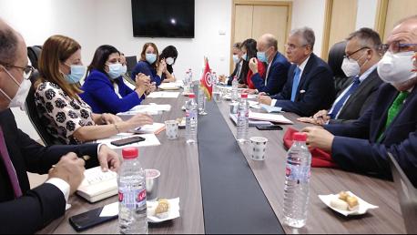 نائب رئيس البنك الدولي يجدد التزام مؤسسته بمواصلة دعم تونس