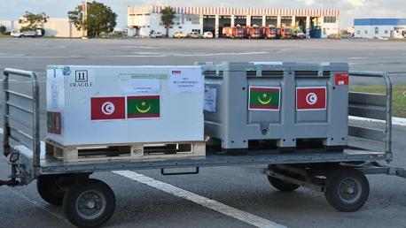 تونس تُرسل 100 ألف جرعة من التلاقيح إلى موريتانيا